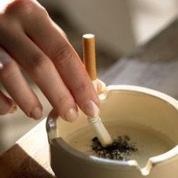 Курение при грудном скармливании