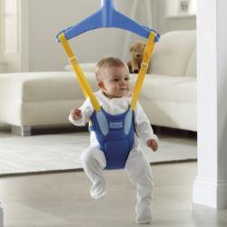 Детские прыгунки: с какого возраста их можно использовать?